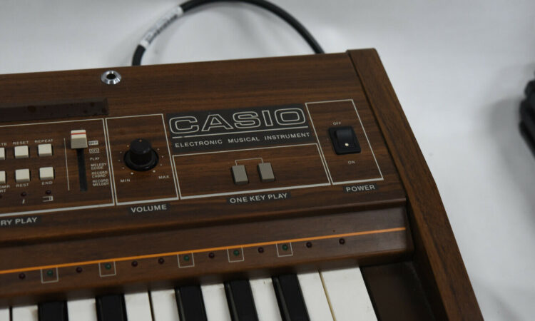Casio Casiotone 501 (CT-501) Electronic Keyboard Piano - Vintage 1980's Japan